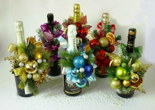 Как украсить бутылку шампанского на Новый год 2020 своими руками: фото, видео пошагово